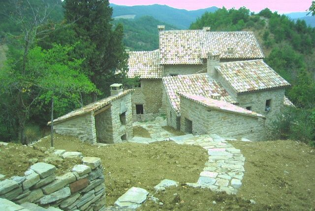 Thumbnail Country house for sale in Country House Mercatello, Pesaro And Urbino, Marche, Italy