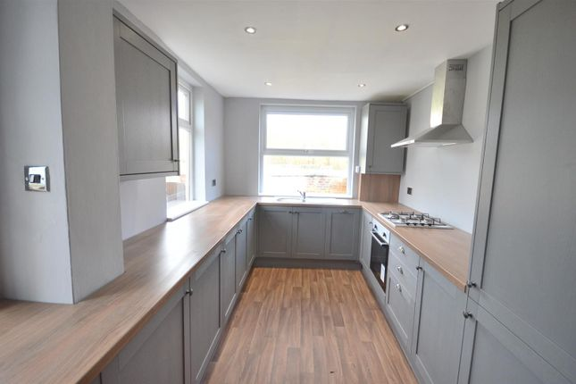 Thumbnail End terrace house to rent in Meadows Road, Sale