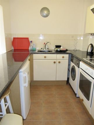 9Cp - Kitchen of Cory Place, Windsor Quay, Cardiff CF11