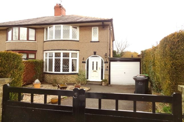 3 bed semi-detached house to rent in Castle Road, Colne BB8