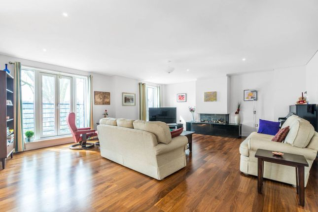 Thumbnail Flat for sale in Retreat Road, Richmond