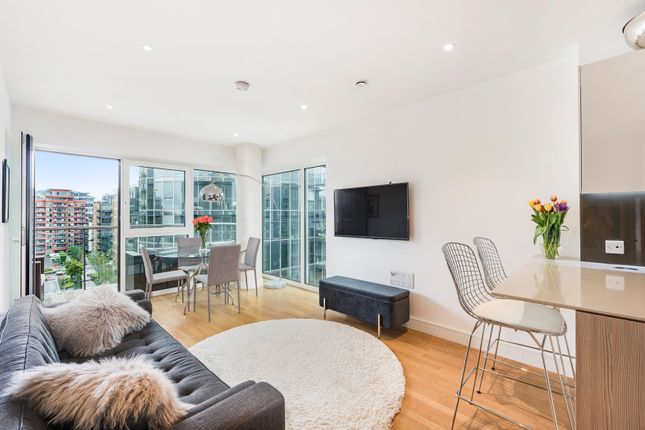 Thumbnail Flat for sale in Spinnaker House, Battersea Reach, London