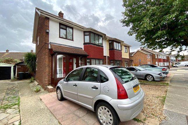 Picture No. 30 of Cambria Crescent, Riverview Park, Gravesend, Kent DA12