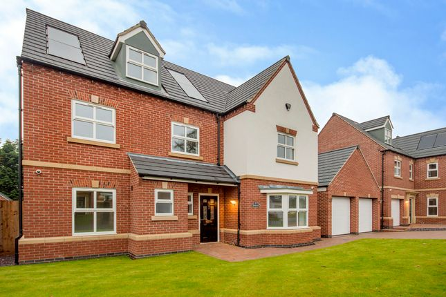 Thumbnail Detached house for sale in Woodborough Road, Nottingham