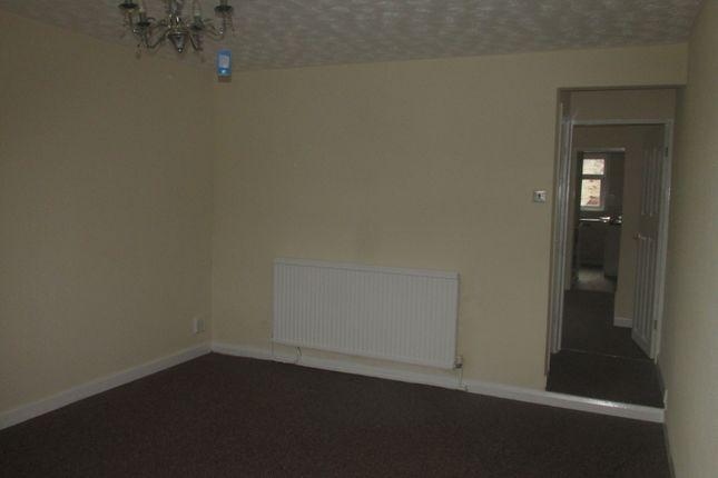 Thumbnail Flat to rent in Ground Floor - Walthew Lane, Platt Bridge