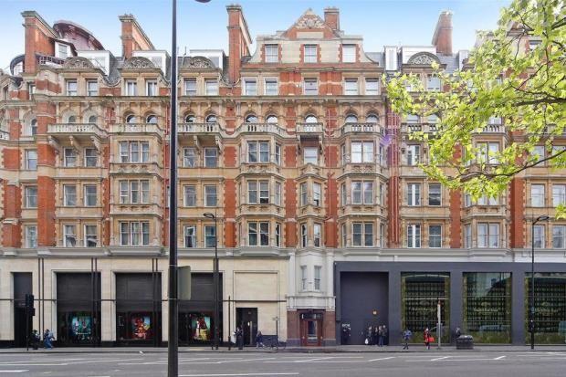 Exterior2 of Park Mansions, 141 Knightsbridge, London SW1X