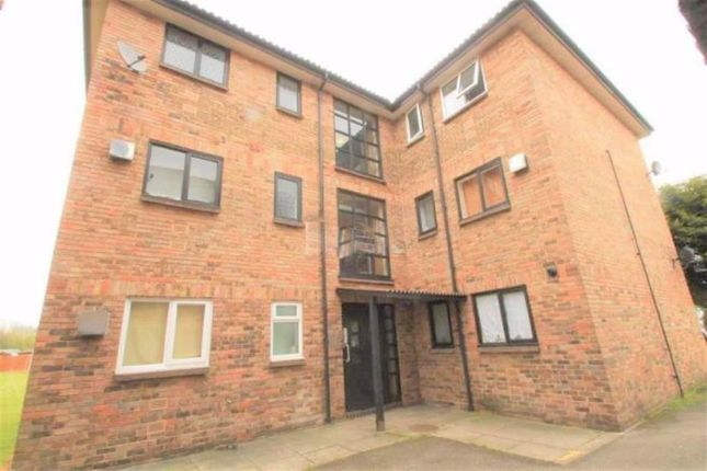 1 bed flat for sale in Littlebury Green, Basildon, Essex SS13