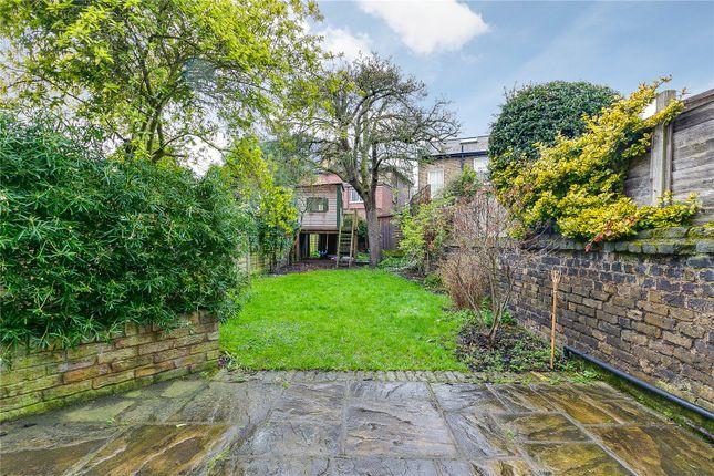 Garden of Bective Road, London SW15