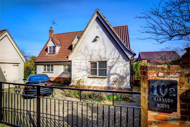 Thumbnail Detached house for sale in Market Place, Dunmow