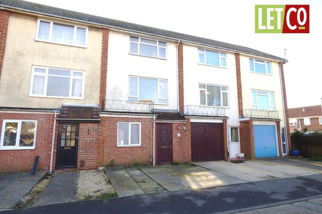 Thumbnail Town house to rent in Eastbrook Close, Gosport