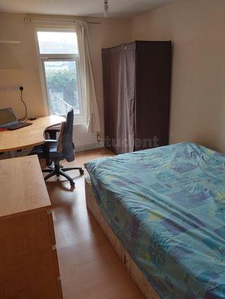 Bedroom1-Floor1-Gardenview