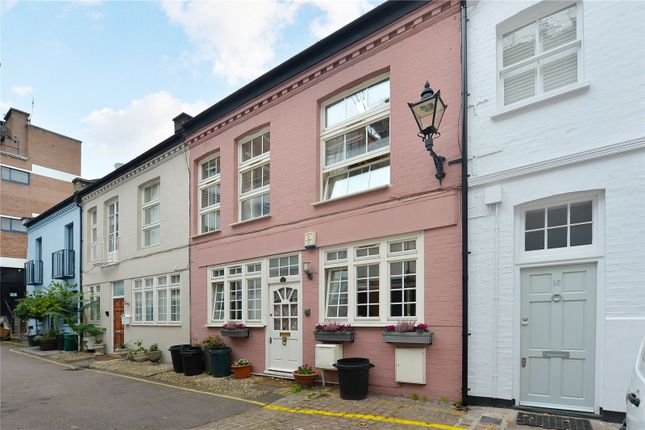 Thumbnail Mews house for sale in Ovington Mews, London