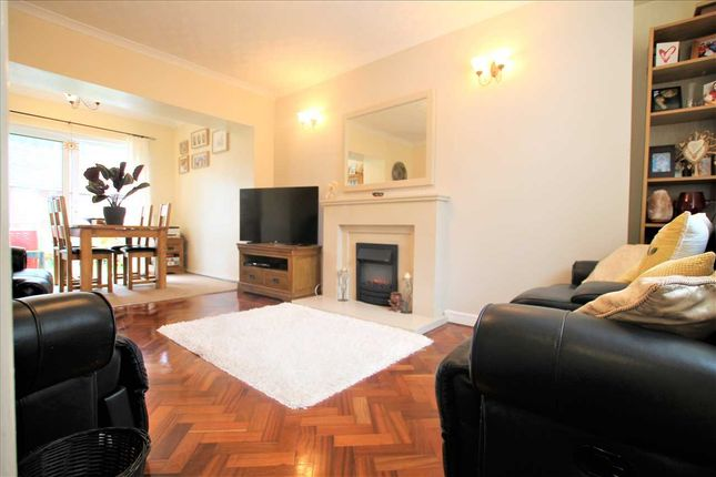 Lounge Image 1 of Treorchy CF42