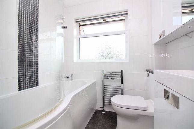 Bathroom of Thorndun Park Drive, Chard TA20