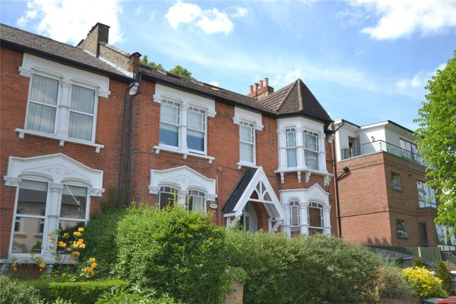 Thumbnail Flat for sale in Womersley Road, Crouch End, London