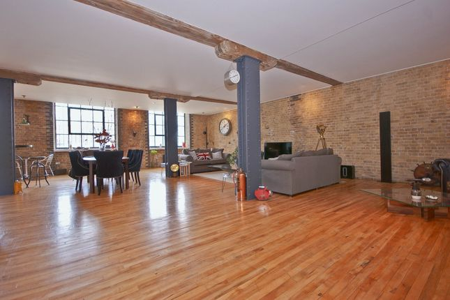 Thumbnail Flat to rent in Clink Wharf, London Bridge