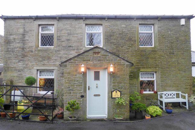Thumbnail Property for sale in Broad Oak, Linthwaite, Huddersfield