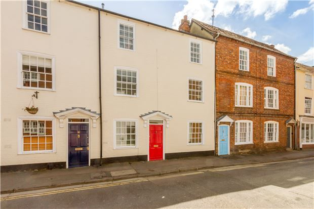 Thumbnail Terraced house for sale in Lombard Street, Abingdon, Oxfordshire
