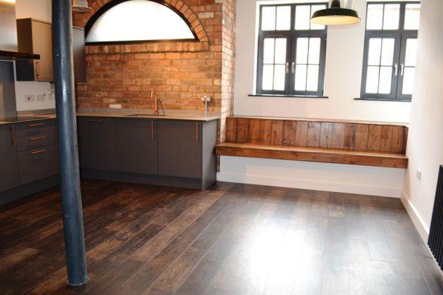 Lounge of Dunster Street, The Mounts, Northampton NN1