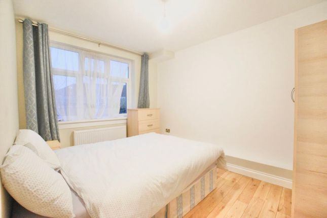 Thumbnail Terraced house to rent in Friend Street, London