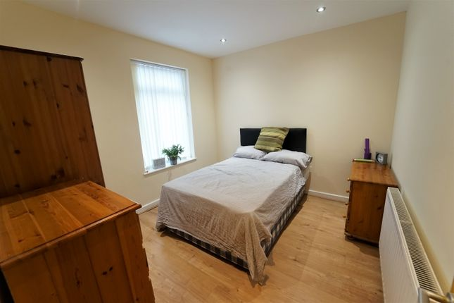 2 bed terraced house to rent in Abbey Street, Dunkirk, Nottingham