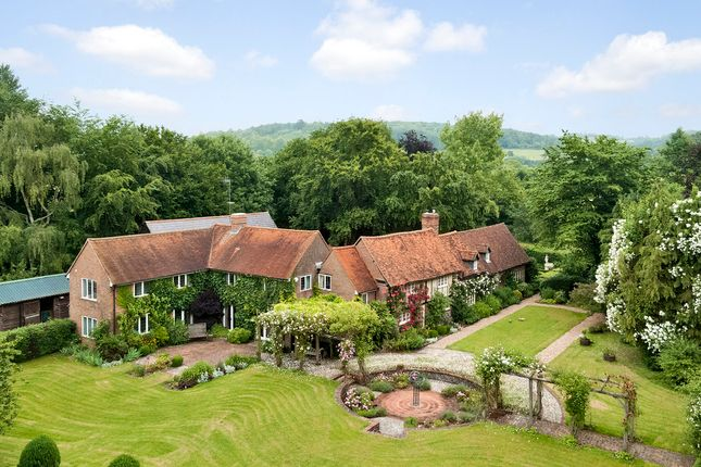 Thumbnail Farmhouse for sale in Skirmett, Henley-On-Thames