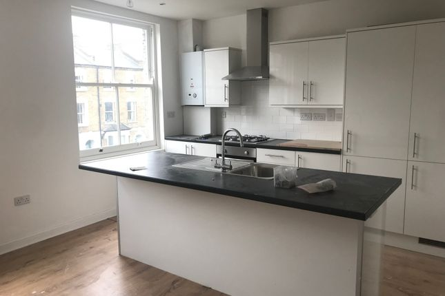 Thumbnail Flat to rent in Woodstock Rd, London