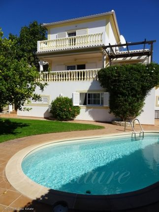 Villa for sale in Carvoeiro, Lagoa, Algarve, Portugal