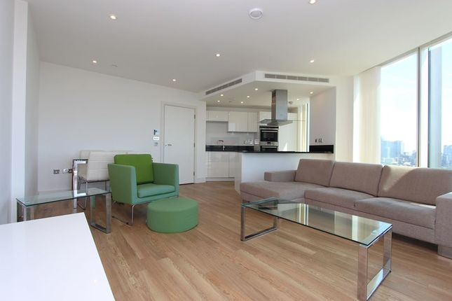 2 bed flat to rent in Ontario Point, Maple Quays
