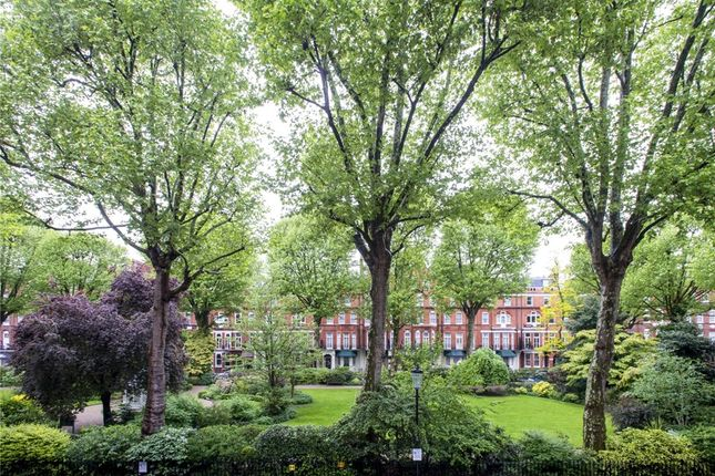 Picture No. 14 of Barkston Gardens, London SW5