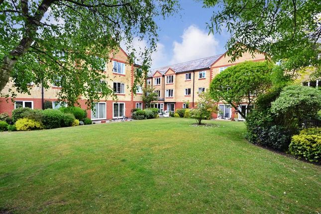 Thumbnail Flat for sale in Cranmere Court, Colchester