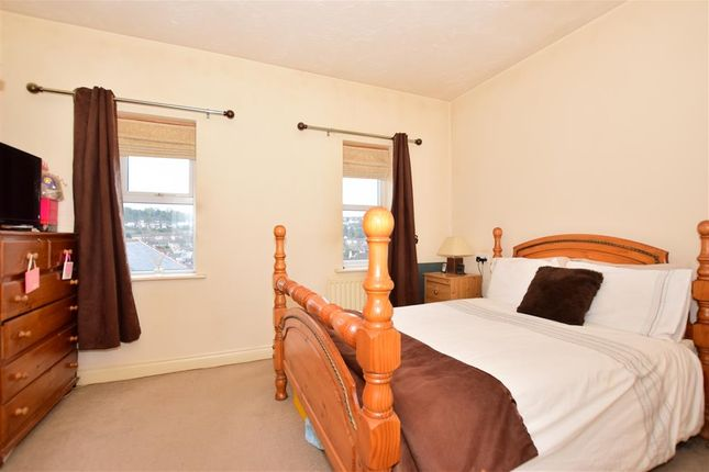 Bedroom 1 of Steven Close, Chatham, Kent ME4