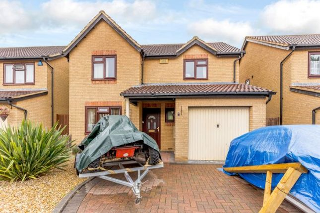 Thumbnail Detached house to rent in Rubbra Close, Browns Wood, Milton Keynes