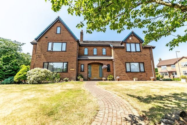Thumbnail Detached house for sale in Stonecross Drive, Rainhill, Prescot