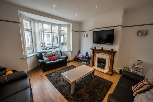 4 bed shared accommodation to rent in Carlyon Street, Sunderland SR2