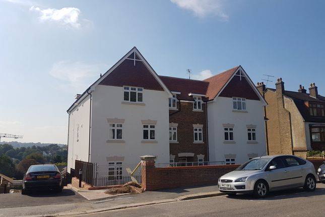 Flat for sale in Russell Hill, Purley, Surrey