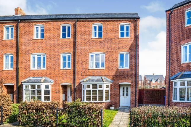 Thumbnail End terrace house for sale in Stryd Y Wennol, Ruthin, Denbighshire, North Wales