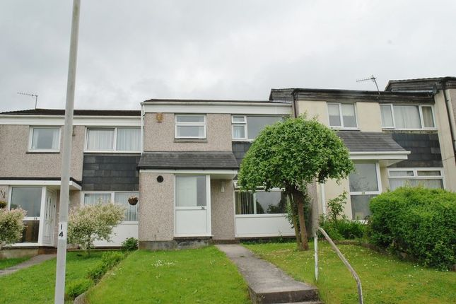 3 bed semi-detached house to rent in Kneele Gardens, Plymouth