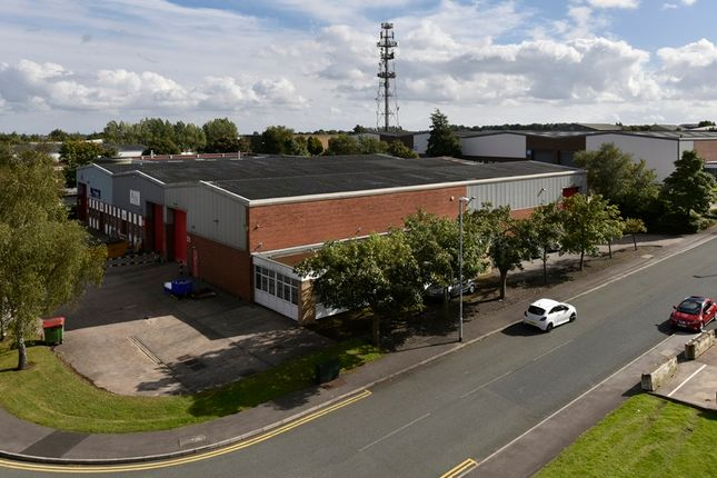 Thumbnail Industrial to let in Gildersome Spur Industrial Estate, Leeds
