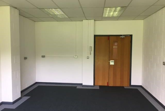 Light industrial to let in Suite 12, Queensway Business Centre, Dunlop Way, Scunthorpe, North Lincolnshire