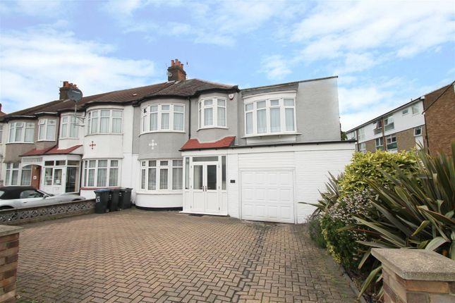 Thumbnail Property for sale in Hedge Lane, London