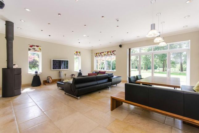 5 bedroom detached house for sale in Chilworth Road, Chilworth, Southampton