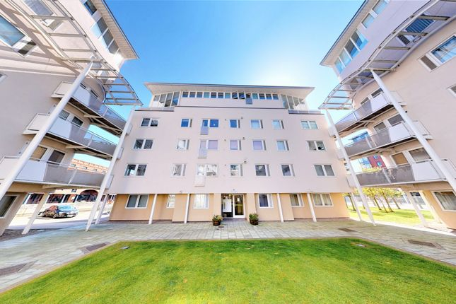 3 bed flat for sale in Royal Quay, Liverpool L3