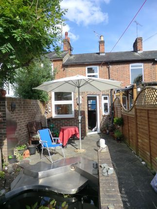 Thumbnail Terraced house to rent in Holywell Hill, St Albans