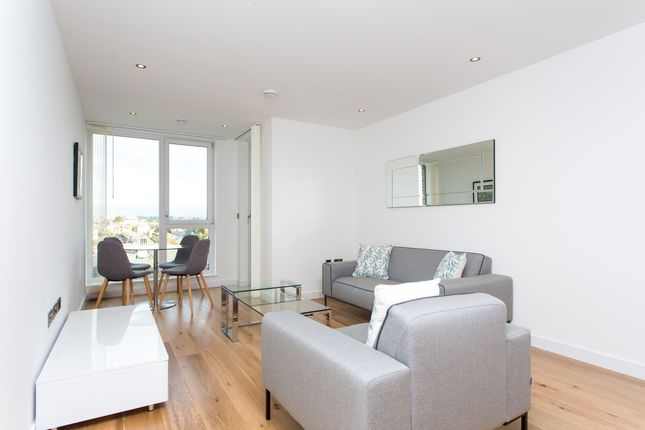 Thumbnail Flat for sale in Glenbrook, Glenthorne Road, Hammersmith, London