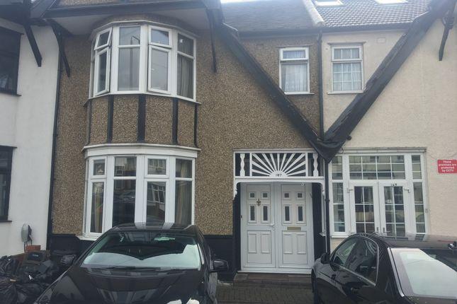 Thumbnail Terraced house to rent in Redbridge Lane East, London