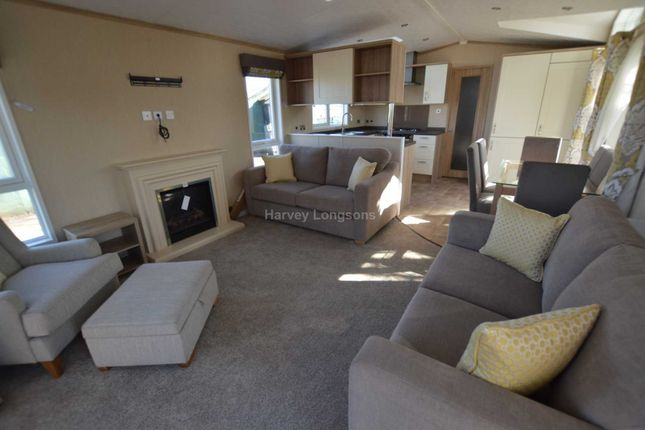 Thumbnail Mobile/park home for sale in Chichester Lakeside Holiday Park, Vinnetrow Road, Chichester
