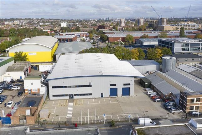 Thumbnail Industrial to let in Valor Park (Merton 33), 13-15 Lombard Road, Merton, London