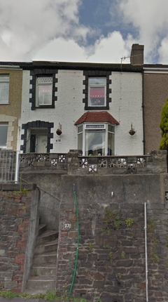 Thumbnail Terraced house to rent in Carmarthen Road, Cwmbwrla, Swansea
