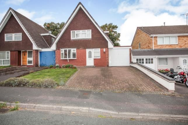 Thumbnail Link-detached house for sale in Tavistock Close, Tamworth, Staffordshire, West Midlands